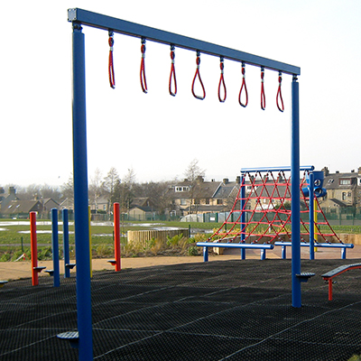 Trapeze Monkey Bars (Single Post)