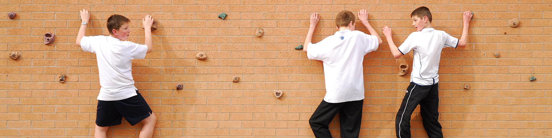 Traverse Climbing Walls for Schools